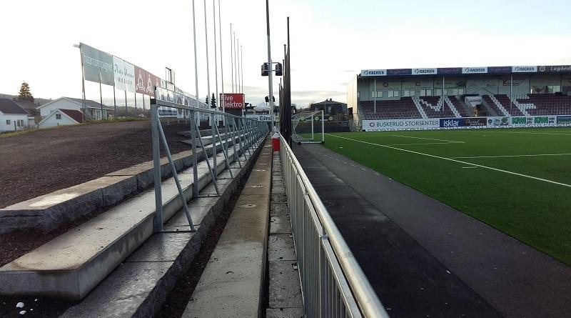 Isachsen Stadion ståtribune