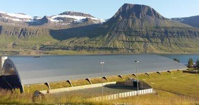 Fjarðabyggðarhöllin