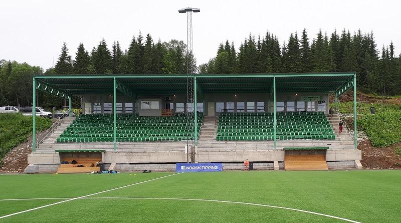 Fløya Arena hovedtribune