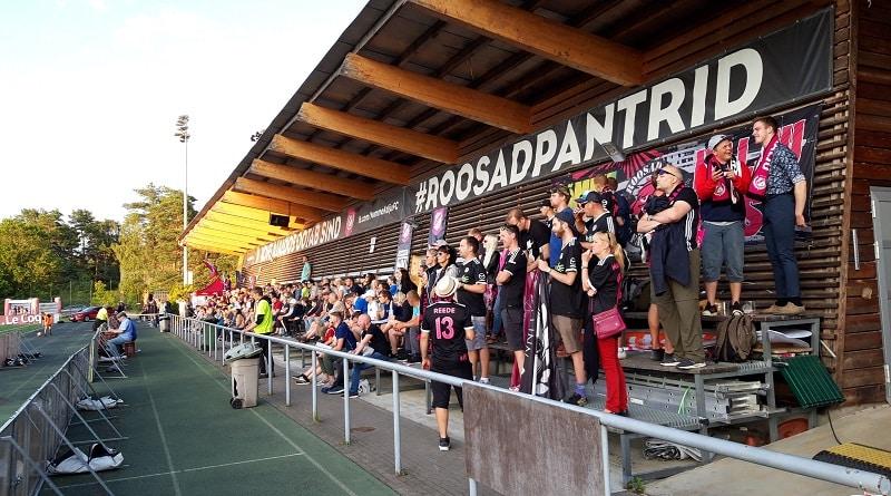Hiiu Stadium Roosad Pantrid