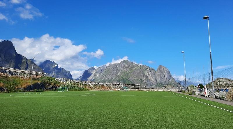 Reine Stadion
