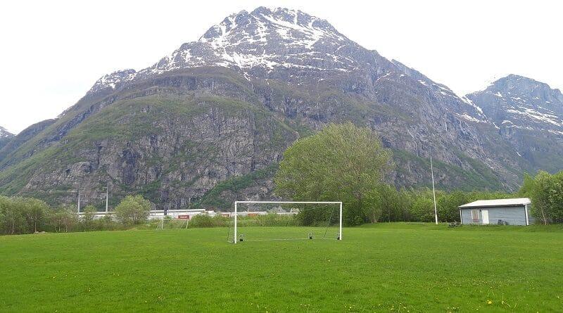 Håsen Fotballbanar - Sunndal IL